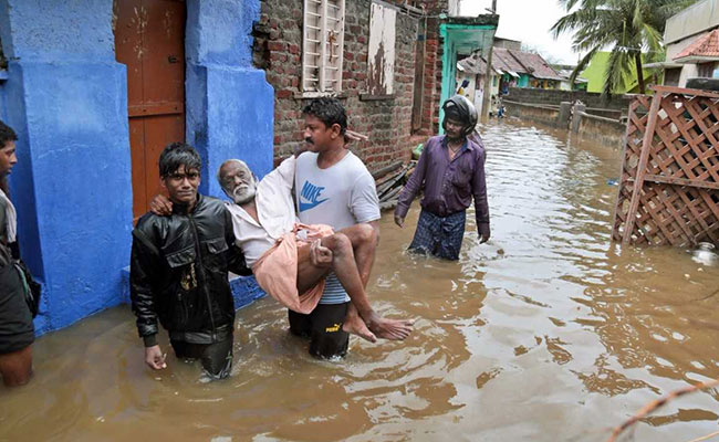 8 Dead In Heavy Rains In Kerala, TN; Cyclone Ockhi Heads